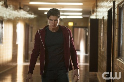 The Tomorrow People Series Premiere Review: Pilot (Staffel 1, Folge 1)